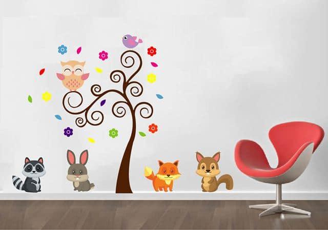 Vinilo decorativo rbol con animales creando vinilos for Adhesivos decorativos para muebles